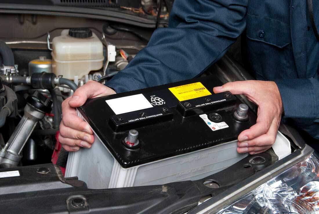 Salvaguardare la batteria dell'auto